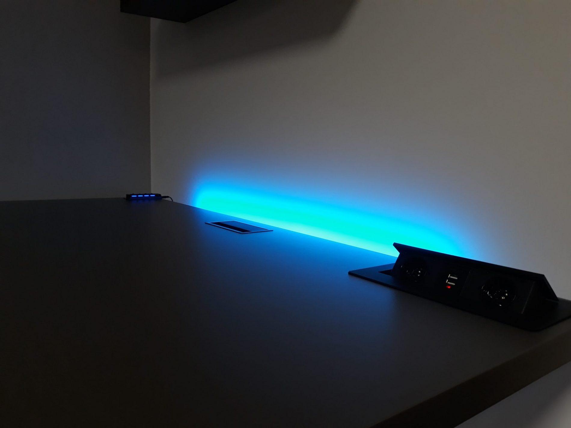 biurko led podświetlane komputerowe krl